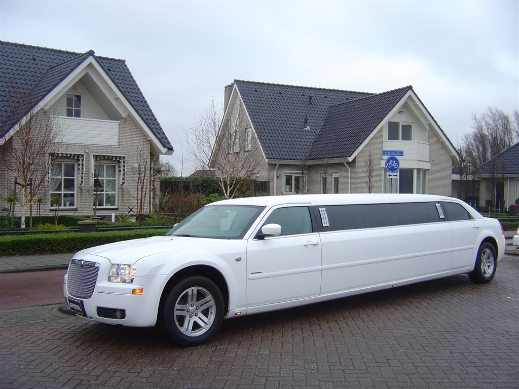 Limousine service in Los Angeles